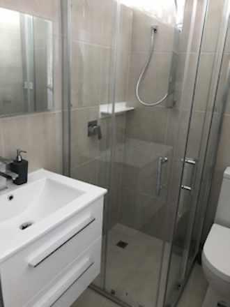 Img 3563 bathroom 1585961591 thumbnail