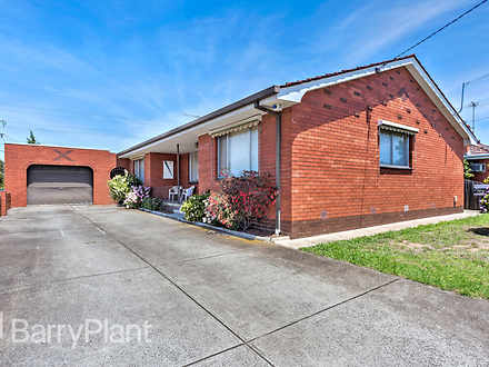 House - 9 Thorndon Drive, S...
