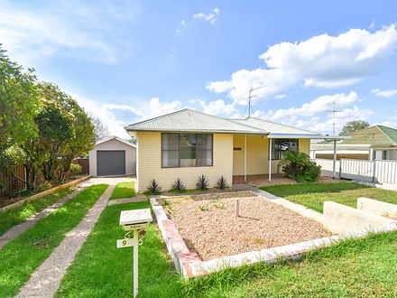 House - 9 Golsby Street, We...
