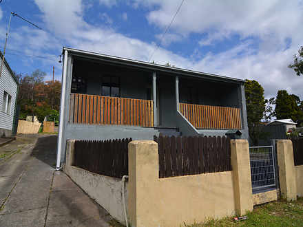 House - 25 Bells Road, Lith...