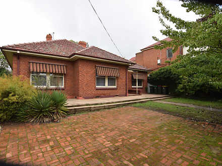 House - 214 Russell Street,...
