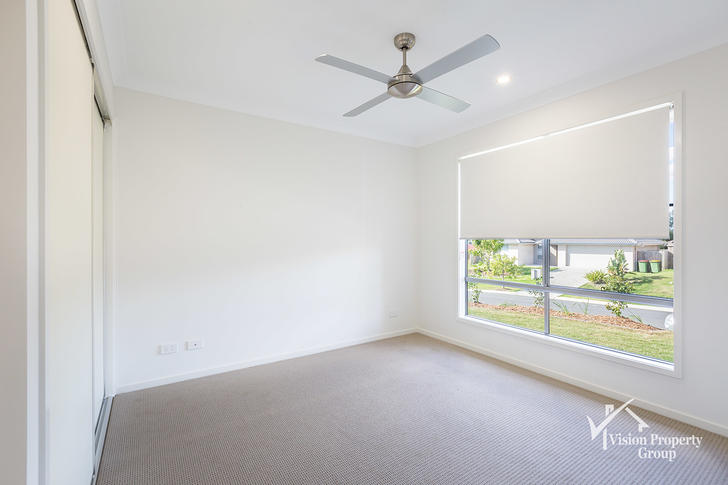 2/98 Sarah  Drive, Yamanto 4305, QLD Duplex_semi Photo