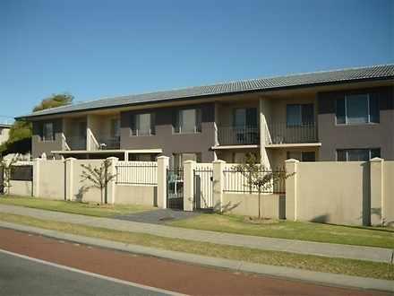 Apartment - 2/144 North Bea...