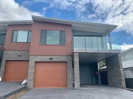 Townhouse - 5A Hanrahan Pla...