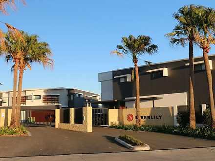 1/42 Stadium Drive, Robina 4226, QLD Townhouse Photo