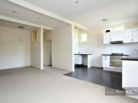 Apartment - 10/2-4 Warra St...