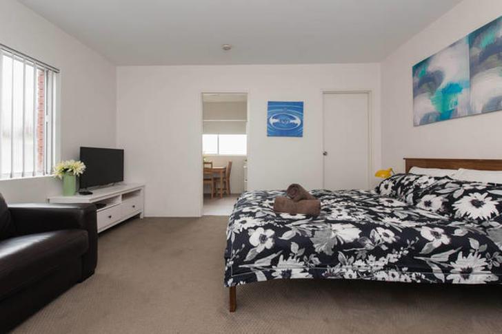 8/33 St Thomas Street, Bronte 2024, NSW Studio Photo