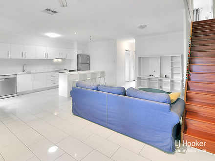 Townhouse - 11/142 Padstow ...