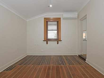 Unit - 3/26 Johnston Street...