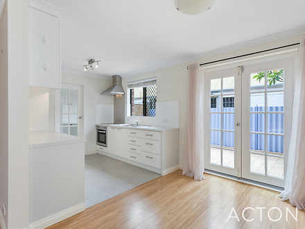 Townhouse - 2/716 Stirling ...