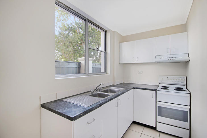 02afd2ef9a6045697d1bb4df 11042 kitchen 1587529281 primary