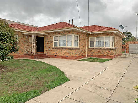 House - 1166 Geelong Road, ...