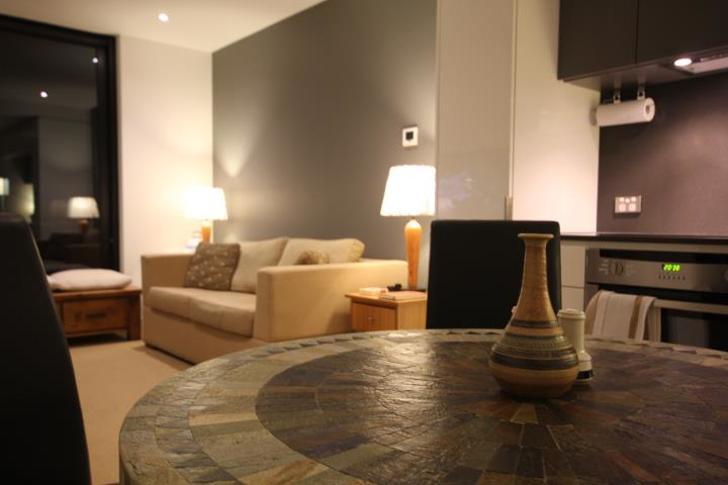 Apartment - 3016/555 Swanst...