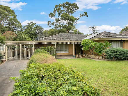 House - 9 Derwent Avenue, R...