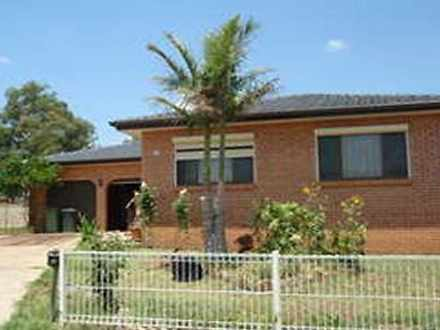 House - 13 Tulloch Place, E...