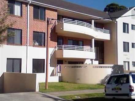 Apartment - 8/17-21 Webb St...