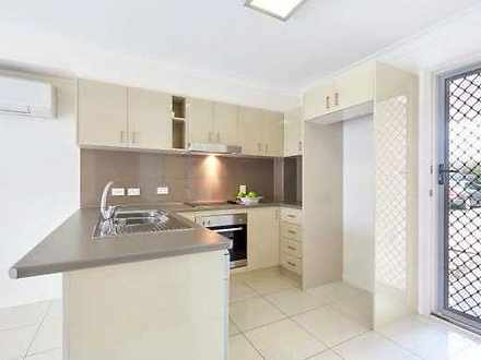 House - UNIT 3 12 Joyce Str...