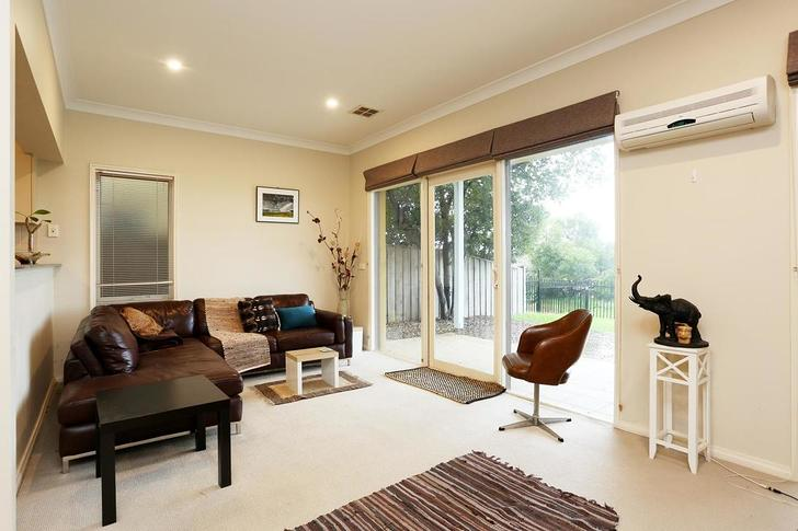 House - 46/1 Greg Norman Dr...