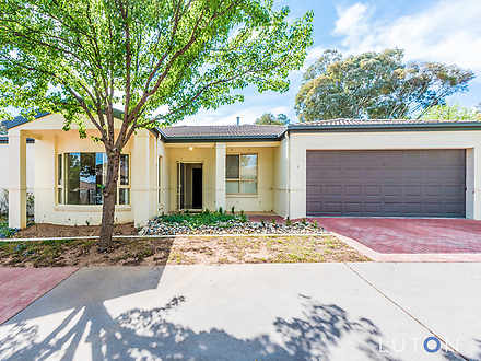Townhouse - 1/4 Lind Place,...