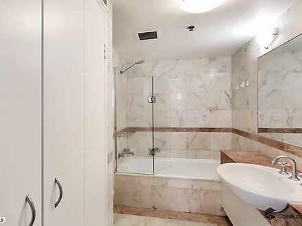 72df64a2fb57b751da434fdb 24166 bathroom 1588216522 thumbnail