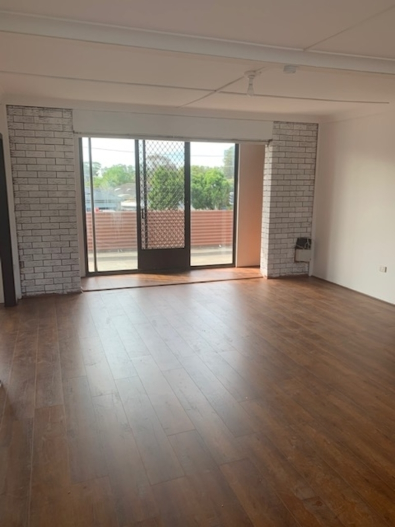 3 Room Flat 3/140 wyong road, killarney vale nsw 2261 - flat for rent