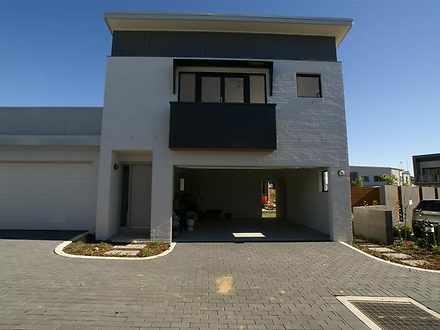 100 Fairwater Boulevard, Blacktown 2148, NSW Duplex_semi Photo