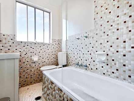 F96e2d0c1875f94792c604fa bathroom  282 29 1588988894 thumbnail