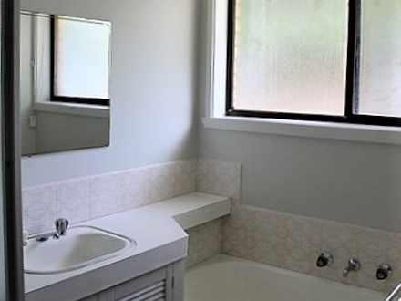 E8ccd1cbaa6e8ff8d598b282 25367 hires.27915 bathroom94mcintyre2 1589005154 thumbnail