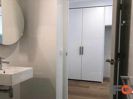9bathroom3 1589154961 thumbnail