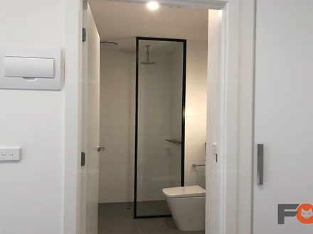 9bathroom1 1589154963 thumbnail