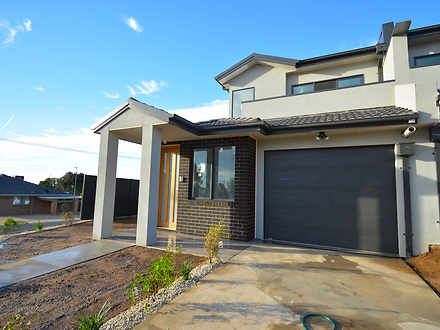 Townhouse - 23 Houlahan Str...