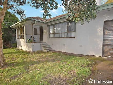House - 4 Powell Street, Cr...