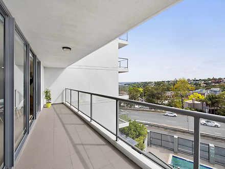 Df9def785ad3fff28c3460f4 balcony 7042 5ebe1afaccc99 1589517143 thumbnail