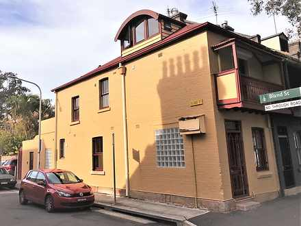 House - 12 Bourke Street, W...