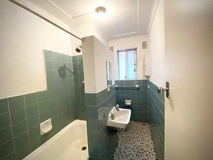 D210167fa42a1f19931a72c1 3914 bathroom 1589526895 thumbnail
