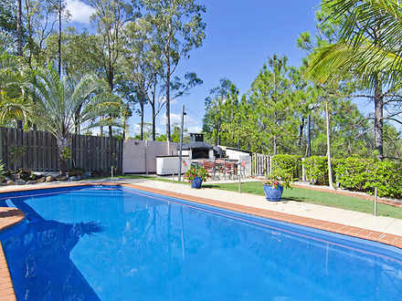 House - 32 Austral Crescent...