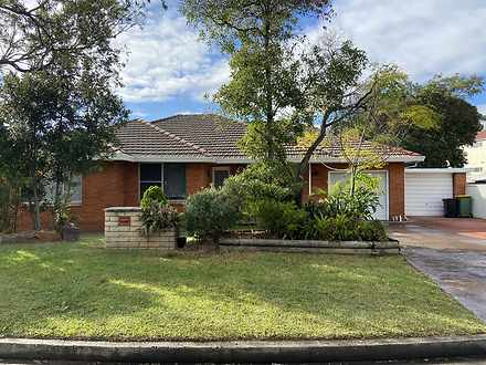 House - 5 Ashton Avenue, Ch...