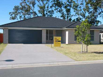 House - 48 Currawong Drive,...