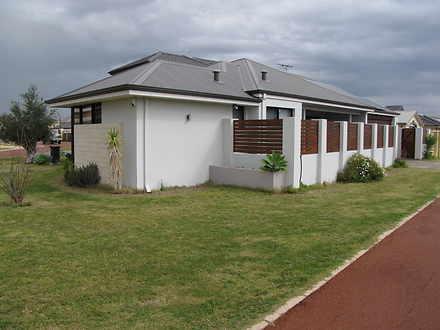 House - 2 Cherrytree Garden...