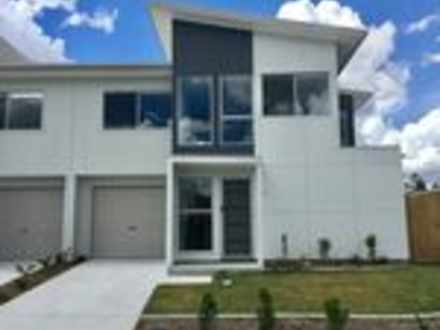 Townhouse - 32/70 Willow Ro...