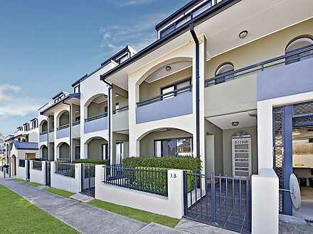 Townhouse - 14/718 Victoria...