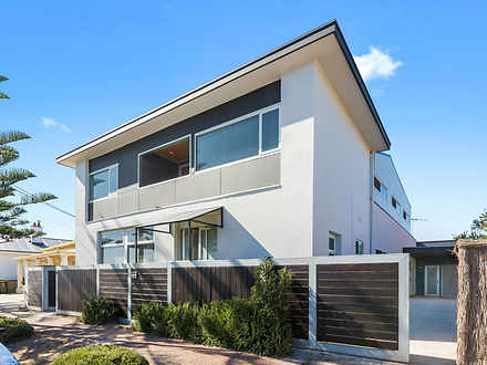 House - 470A Seaview Road, ...