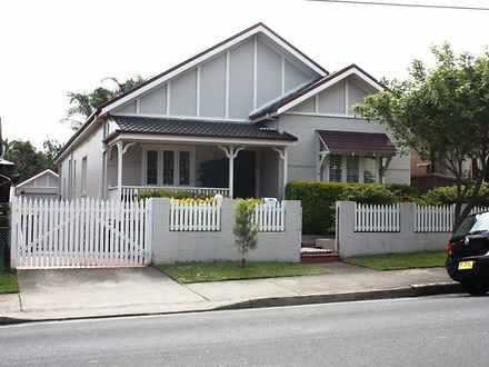 House - 84 Carrington Road,...