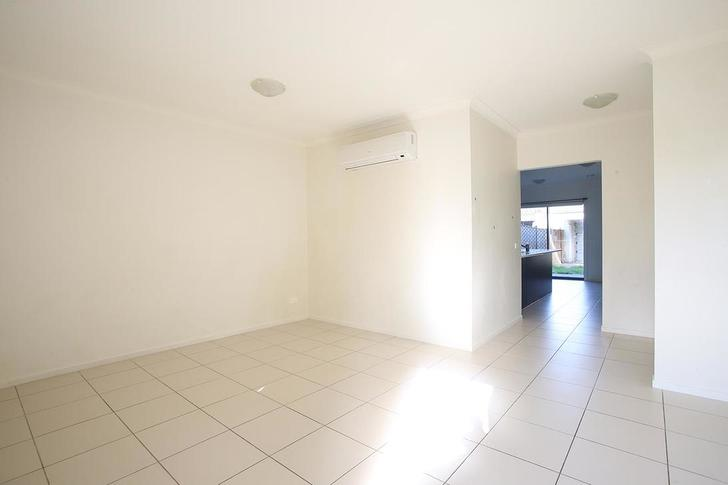 7 Painted Hills Road (Lot 153), Doreen 3754, VIC Townhouse Photo
