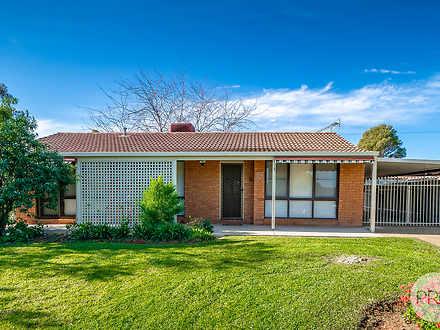 17 Crisp Drive, Ashmont 2650, NSW House Photo