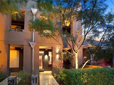 Townhouse - 1/13 Russell St...