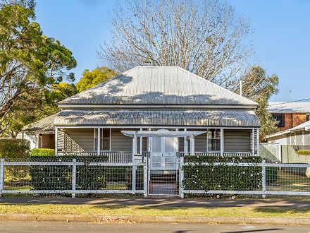 House - 76 Mary Street, Eas...