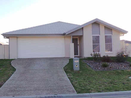 House - 10 Mckinlay Place, ...