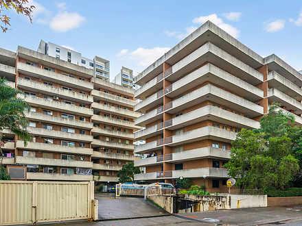 Apartment - 1/128 Macquarie...