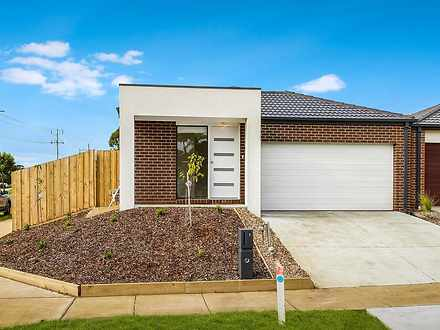 House - 1 Hampshire Way, Cu...